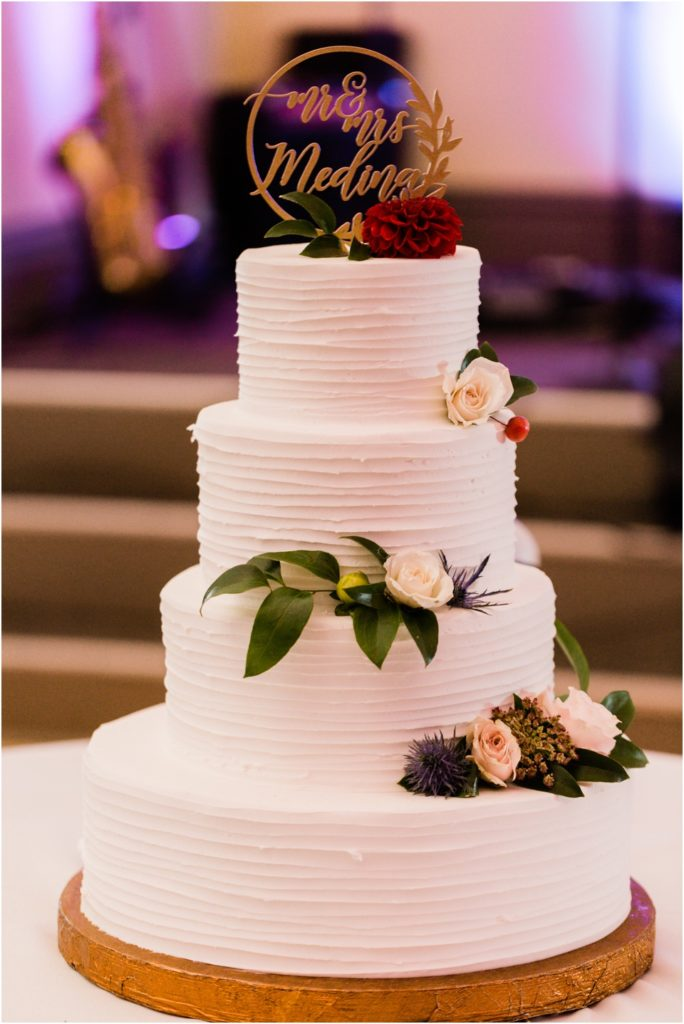 Wedding cake by Wedding Wonderland and flowers by Flowers and Weeds