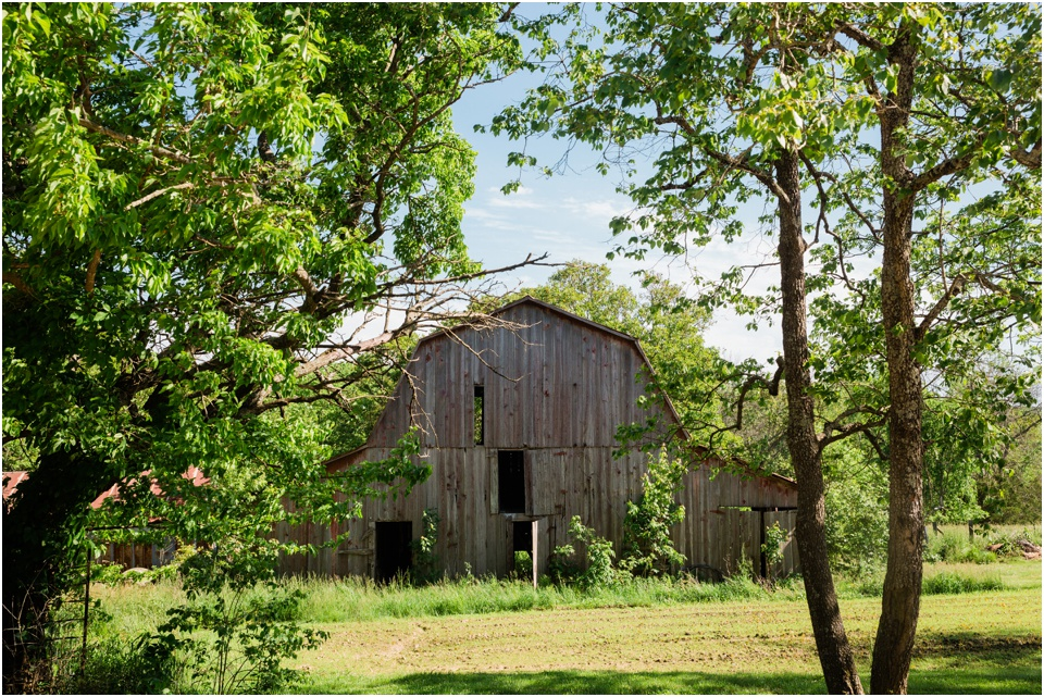Old barn sits on the Belmont Vineyards winery property