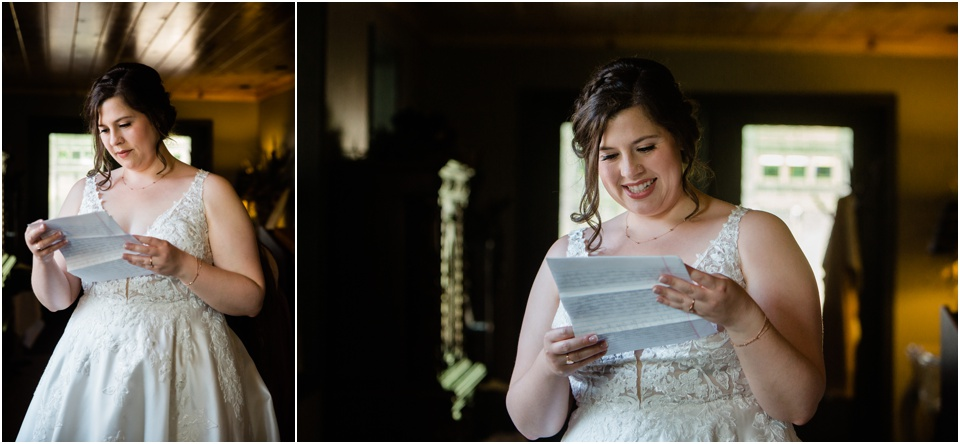 Bride reading note from groom before the wedding ceremony