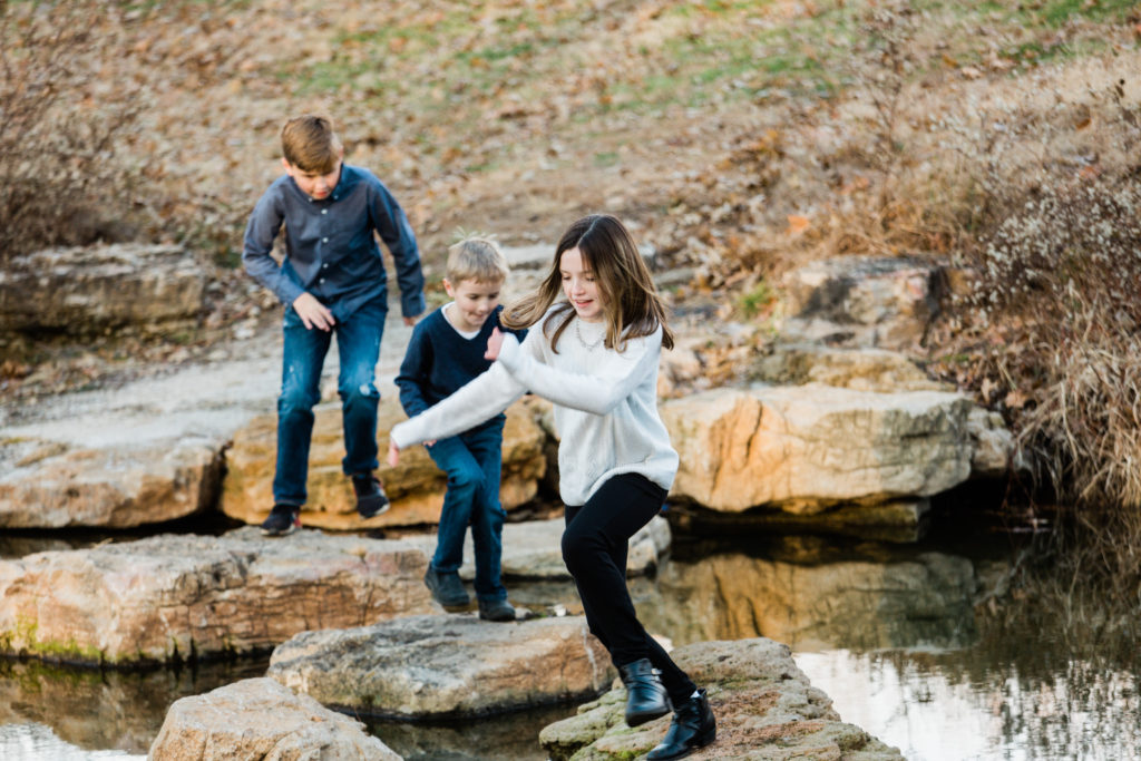Candid family photos, Forest Park, Beautiful Mess Photography